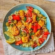 Мароканска салата с филе от риба треска, булгур и маслини